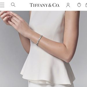 Tiffany & Co. Jewelry - Tiffany and Co Pierced Atlas Bangle Size M 925